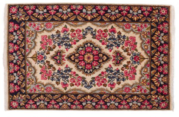 Tappeto Persiano Kerman 145 x 95 visione dall'alto